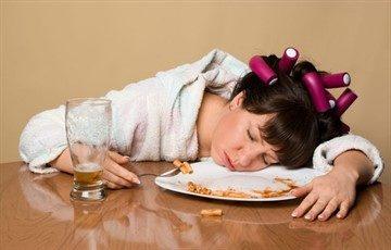 После еды падает давление: причины резкого снижения АД у гипертоника и здорового человека